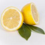 olievlek verwijderen met citroen
