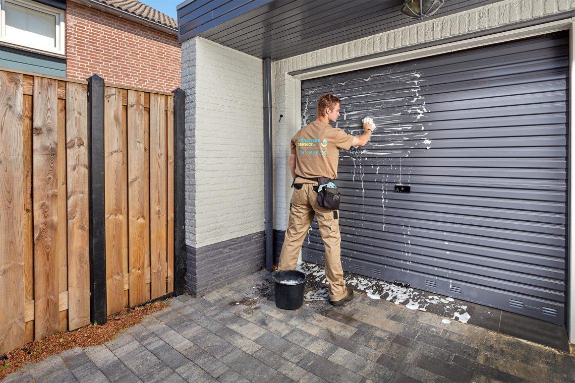 garagedeur reinigen